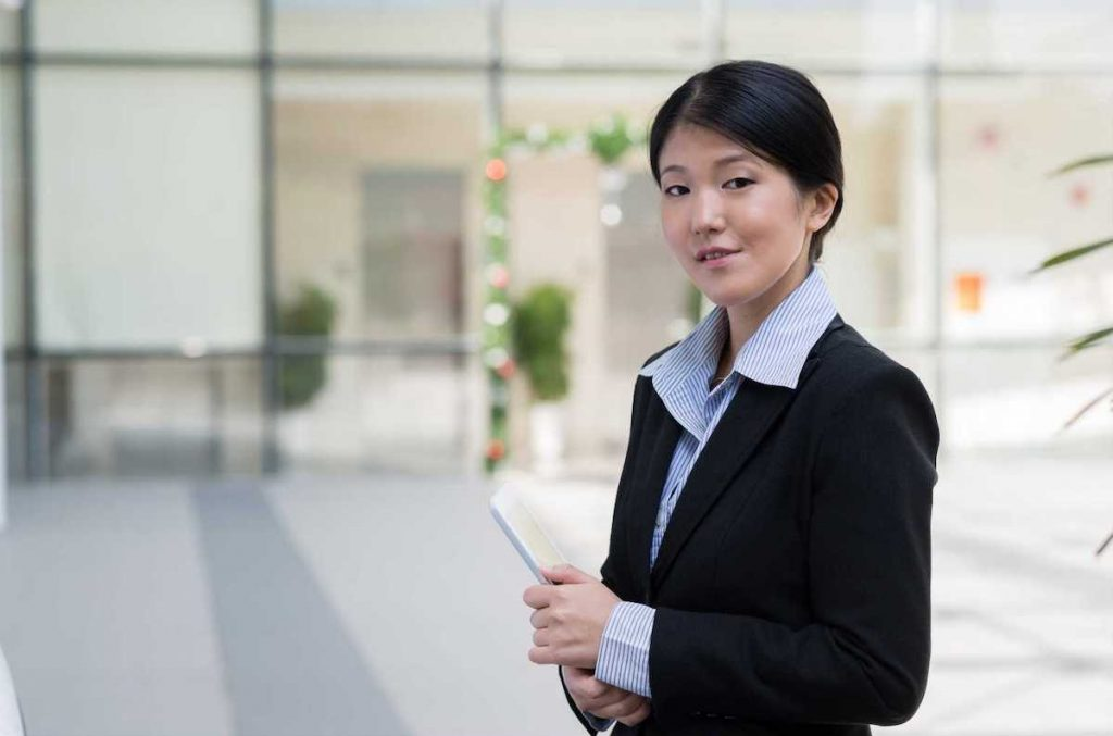 Koreans working abroad in English – IntResume